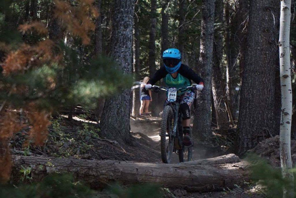 Hailey-Schiff-photo-by-Randy-Winzeler.-At-the-Deer-Valley-Scott-Enduro-Series